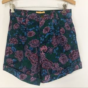 Vintage Floral Pleated Mom Shorts